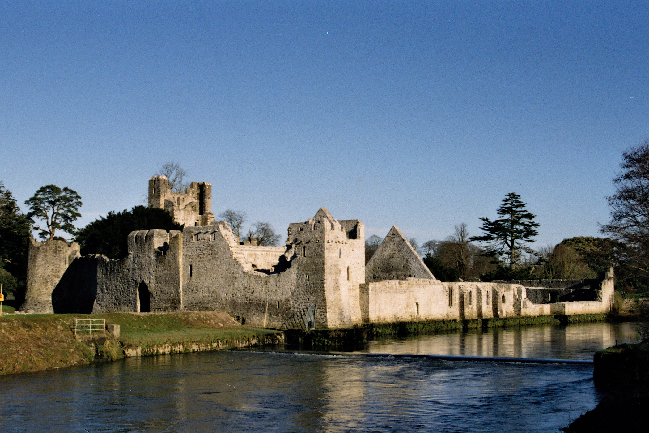 Adare Castle Ireland Map.Adare Heritage Centre Adare Desmond Castle Tours Adare Heritage